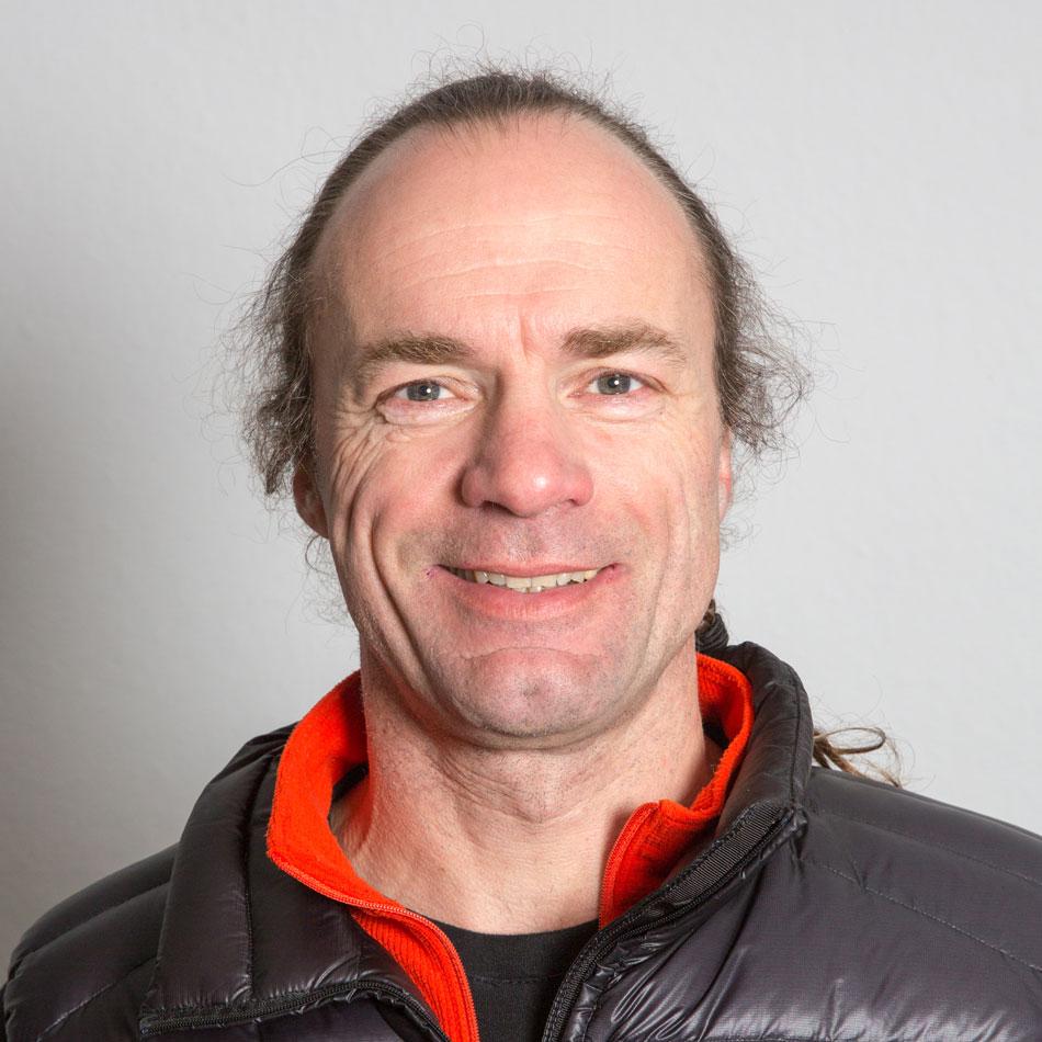 Dr. Thomas Junker